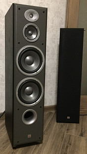 Продам колонки JBL Northridge E90